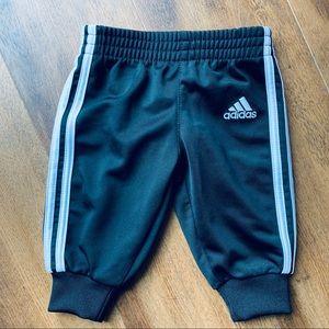 Adidas black infant jogger sweats sz 3M
